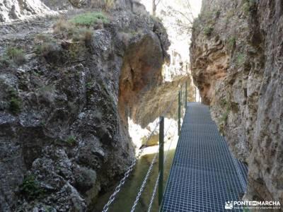 Albarracin y Teruel; sendero vertical rutas senderismo albarracin senderos de la rioja montfalco